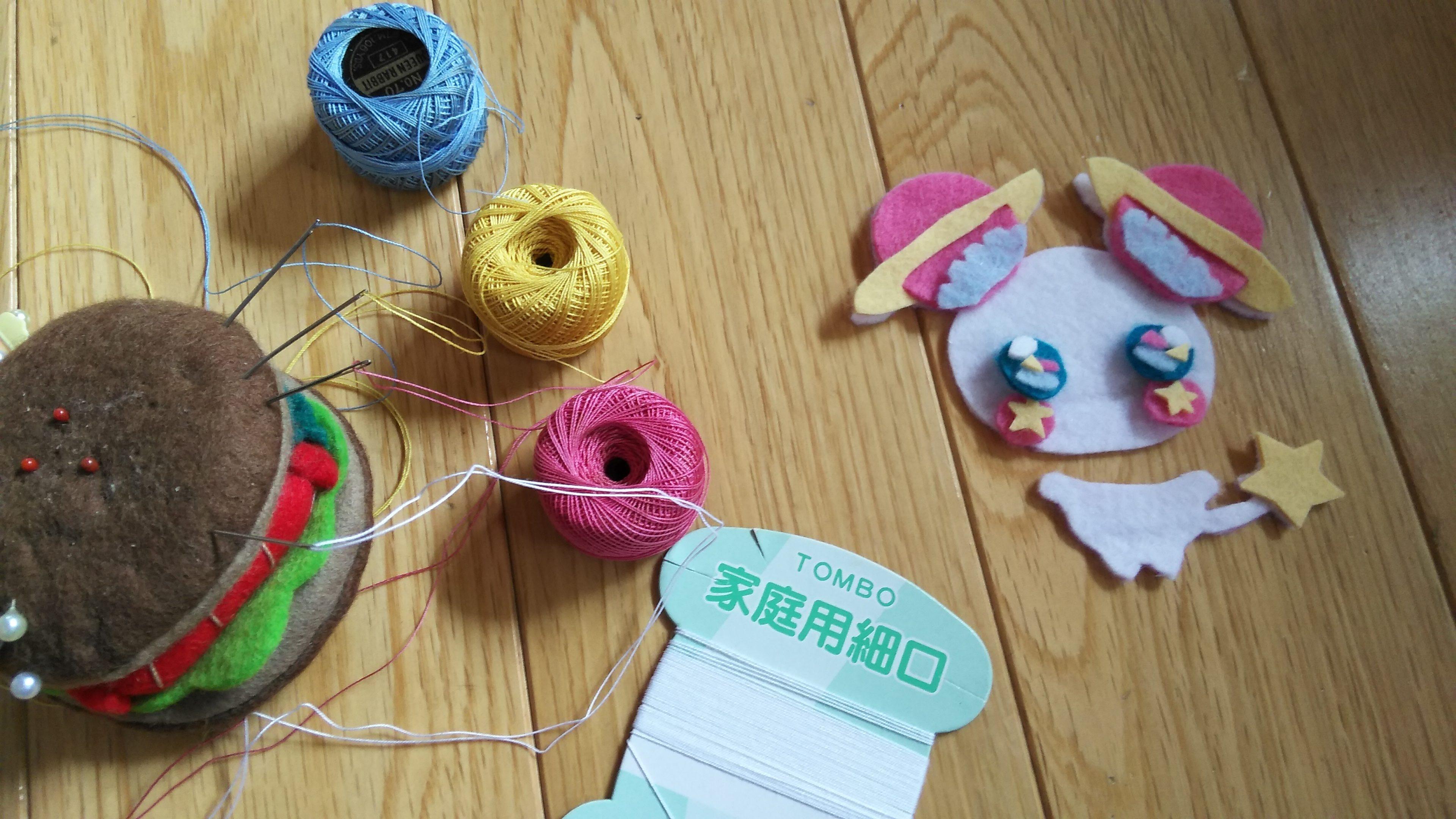 マスコット作り。パーツ縫い付け